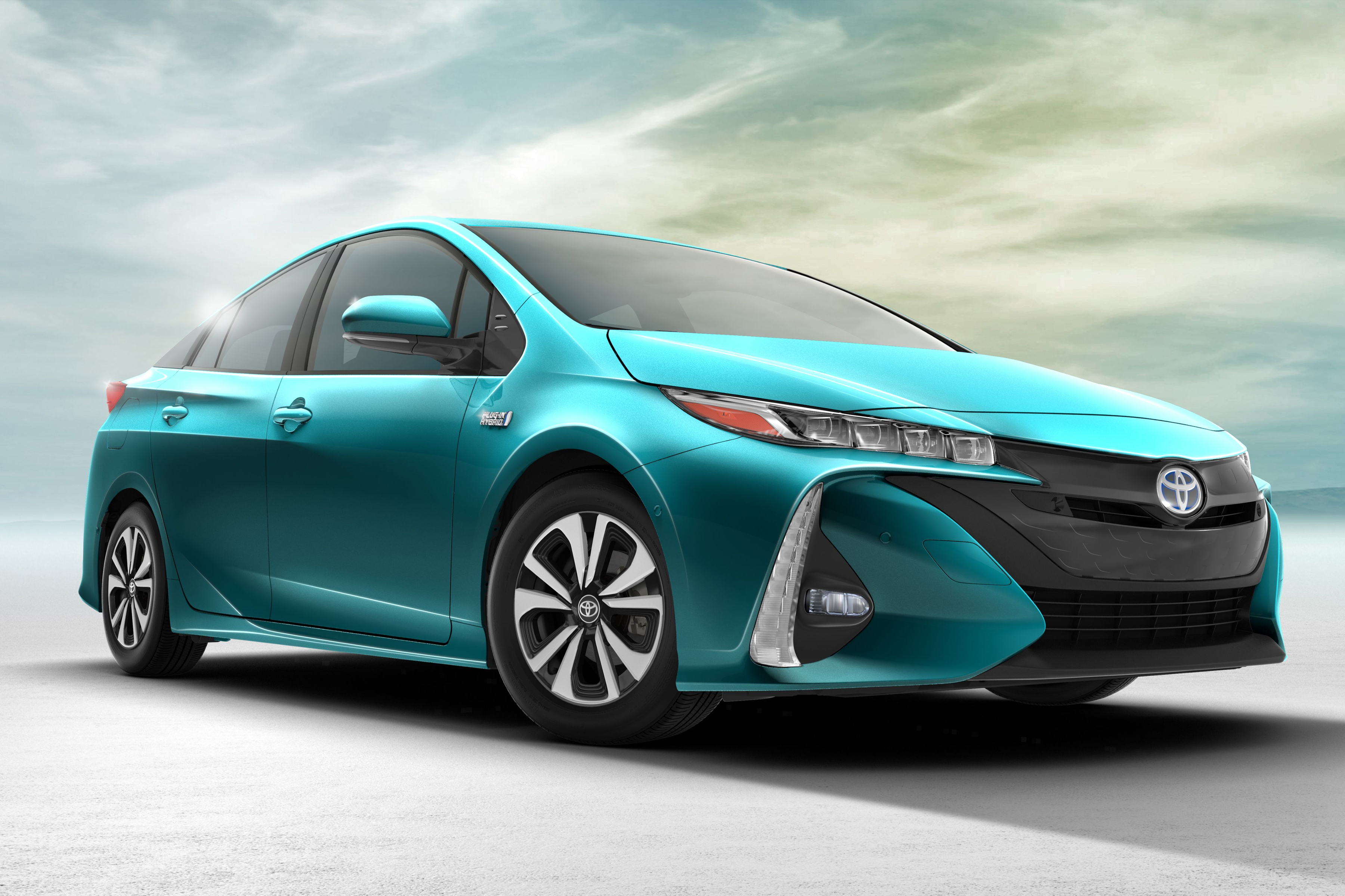 2017 Toyota Prius Prime Unveil